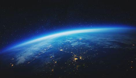 ¡La-Atmósfera-Cae-sobre-la-Tierra.jpg